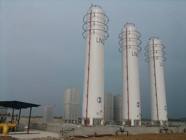 不同形状 圆柱形:用于工业燃气气化站,小型lng生产装置,卫星式液化